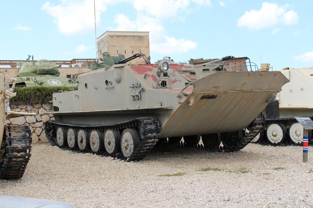 1012 Ägypt. BTR50 APC