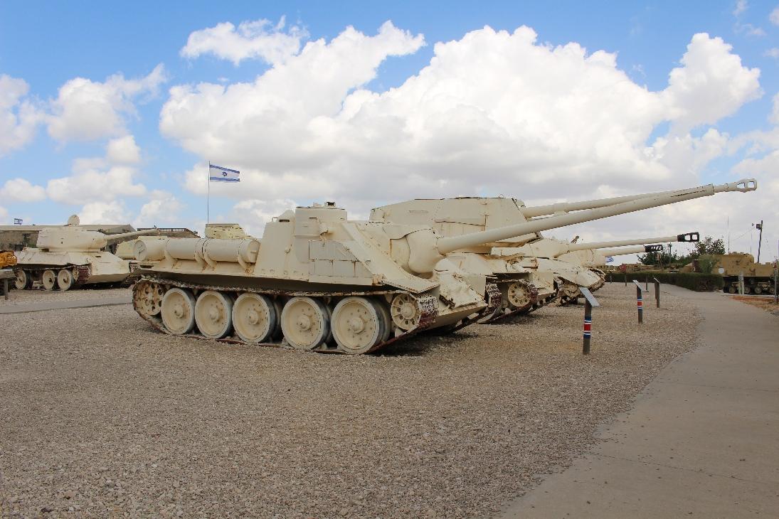 1017 SU 100 Jagdpanzer  auf T34 Fahrgestell