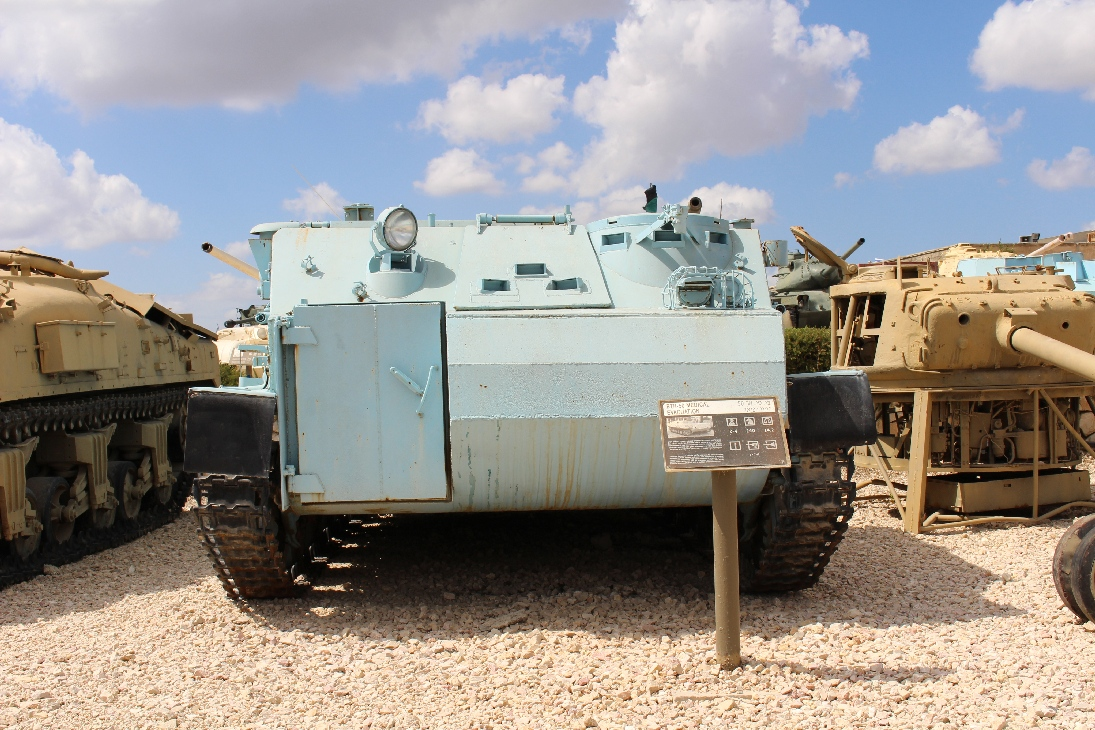 1029 BTR 50 Sanitätspanzer