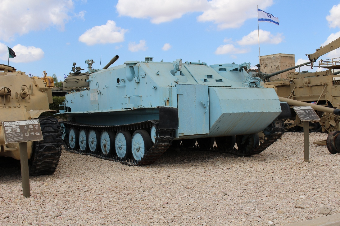 1031 BTR 50 Sanitätspanzer (3)