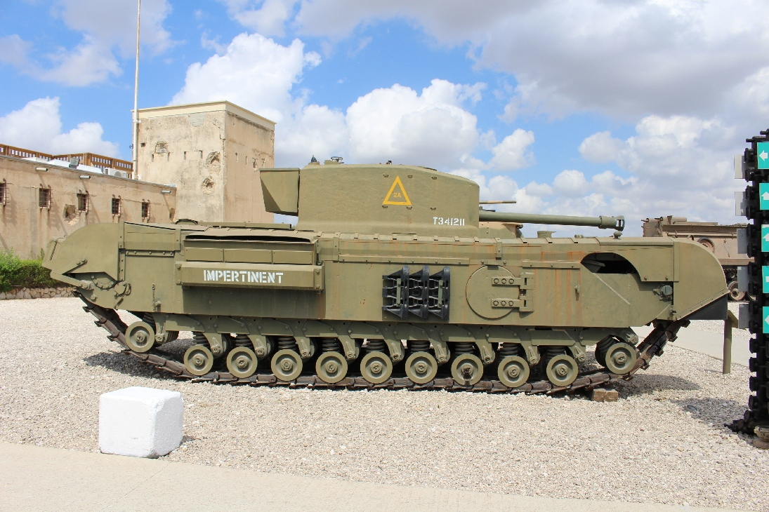 1048 Brit. Churchill Tank Seite