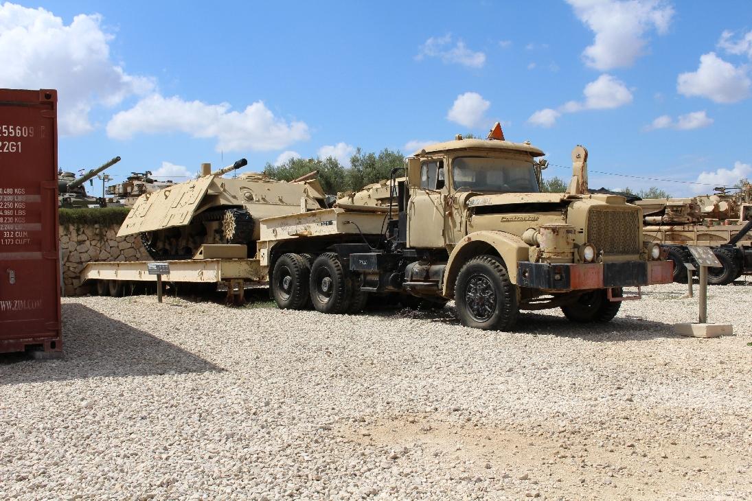 1086 Israel. Scammel-Panzertransporter