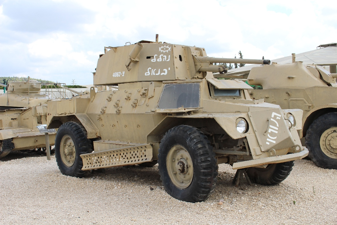 1089 Marmon-Herrington Mk.4f Armoured Car (2)