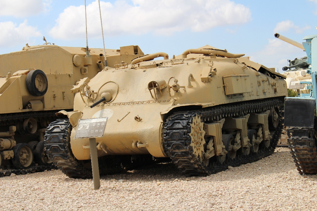 1100 M4 Sherman APC Medical vehicle