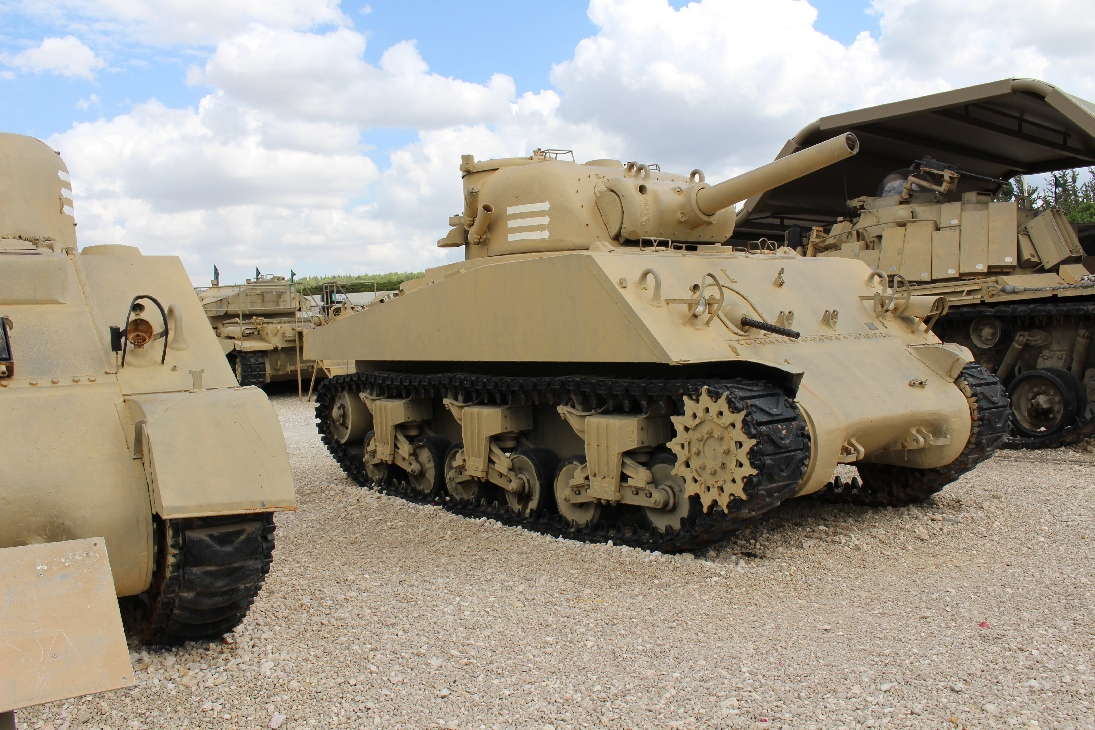 1107 M4A3 Sherman Tank 105mm Howitzer