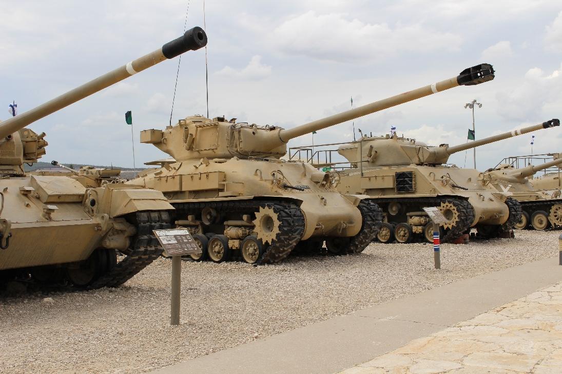 1115 M51 Sherman Tank